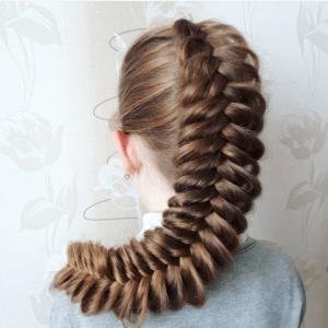 без названия 11 300x300 - Греческая объёмная коса по центру