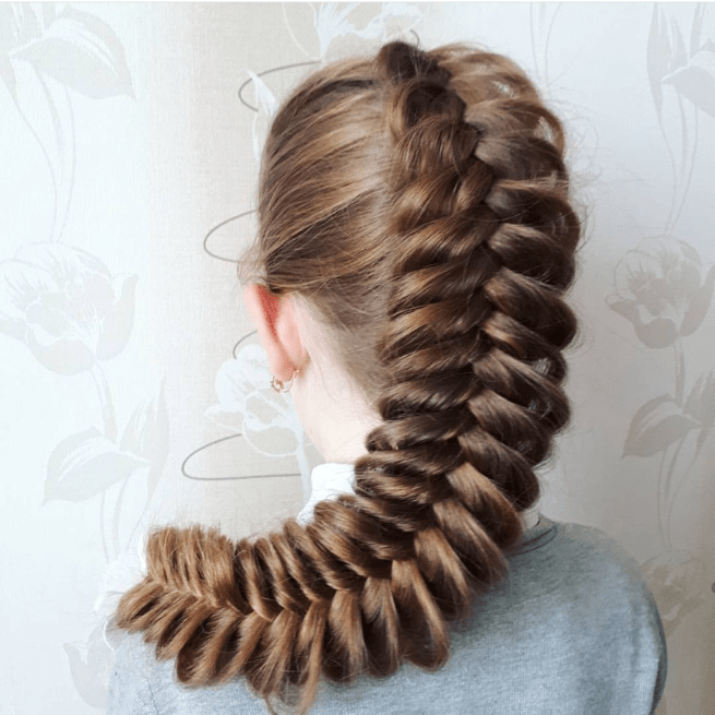 без названия 11 - Греческая объёмная коса по центру