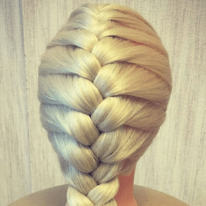 без названия 17 1 300x300 - Французская коса по центру