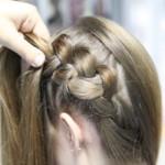 греческая коса вывернутая