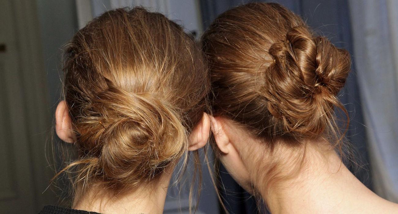 небрежные пучки модные стрижки на короткие волосы