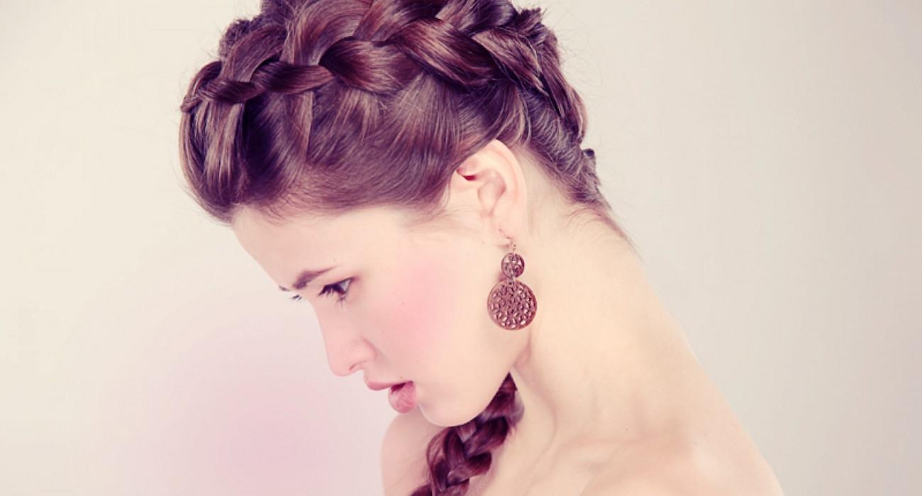 плетение кос на самой себе