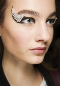 Графика макияж