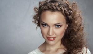 плетение косы волосы