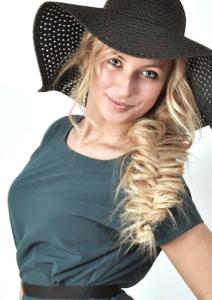 Школа плетения кос в Москве и онлайн курсы